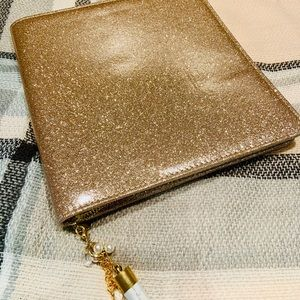Gold Zipped Planner Cover